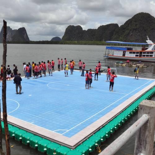 สนามฟุตบอลลอยน้ำ เกาะปันหยี