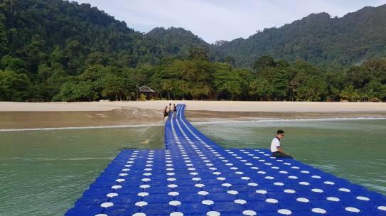 ทุ่นจิ๊กซอว์ เกาะกล้ามปู ทะเลพม่า