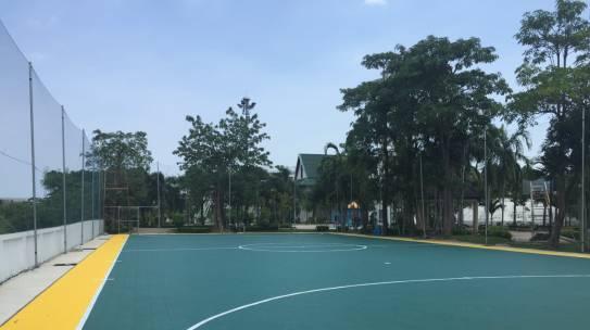 สนามฟุตซอล สวนสาธารณะป้อมปีกกา